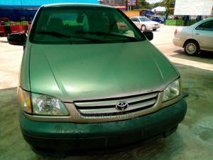 Toyota Sienna 2002 Gold | Cars for sale in Kogi State, Lokoja