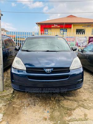 Toyota Sienna 2005 LE AWD Blue | Cars for sale in Lagos State, Magodo