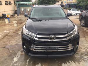 Toyota Highlander 2017 XLE 4x4 V6 (3.5L 6cyl 8A) Black | Cars for sale in Lagos State, Ikeja
