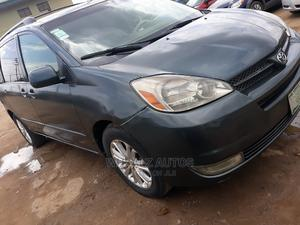 Toyota Sienna 2005 XLE Green   Cars for sale in Lagos State, Alimosho