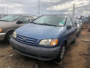 Toyota Sienna 2002 LE Blue | Cars for sale in Lagos State, Apapa