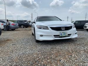 Honda Accord 2010 Coupe EX-L V-6 Automatic White | Cars for sale in Abuja (FCT) State, Lugbe District