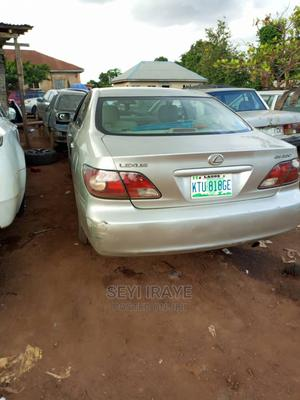 Lexus ES 2004 330 Sedan Silver | Cars for sale in Abuja (FCT) State, Central Business District