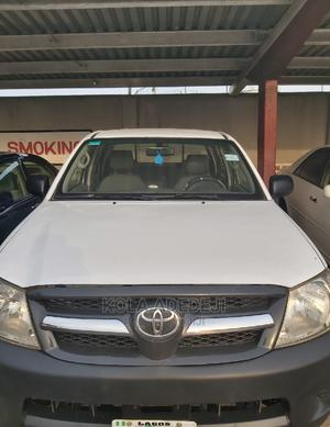 Toyota Hilux 2010 2.0 VVT-i White | Cars for sale in Lagos State, Surulere