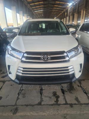 Toyota Highlander 2014 White   Cars for sale in Lagos State, Amuwo-Odofin