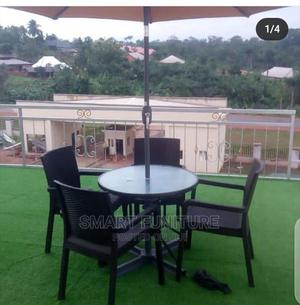 Strong Round Glass Table Umbrella With Chairs   Furniture for sale in Lagos State, Lekki