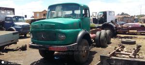 Mercedes Benz Trailer Head 10 Tyre | Trucks & Trailers for sale in Kaduna State, Zaria