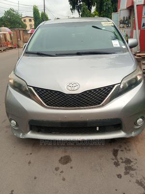 Toyota Sienna 2013 SE FWD 8-Passenger Silver | Cars for sale in Lagos State, Ikeja