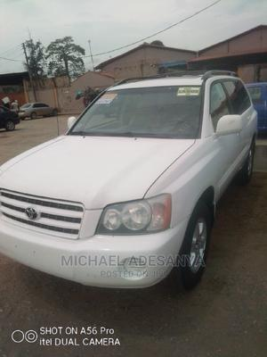 Toyota Highlander 2003 White | Cars for sale in Lagos State, Agege