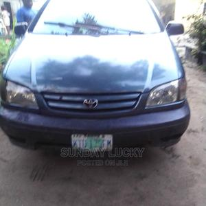 Toyota Sienna 2001 XLE Green   Cars for sale in Delta State, Warri