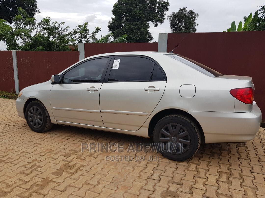 Toyota Corolla 2004 LE Silver | Cars for sale in Ilesa, Osun State, Nigeria