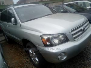 Toyota Highlander 2003 Limited V6 AWD Silver | Cars for sale in Lagos State, Ogba