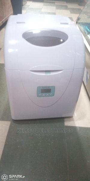 Ice Cube Maker, 12 Cubes   Kitchen Appliances for sale in Lagos State, Ajah