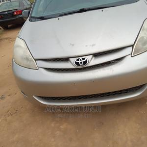 Toyota Sienna 2008 CE FWD Silver | Cars for sale in Lagos State, Amuwo-Odofin