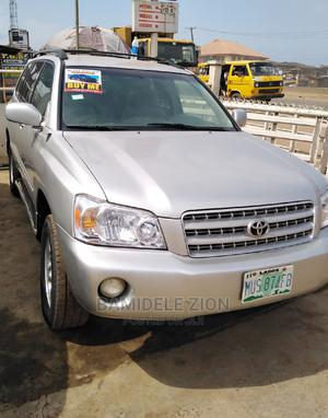Toyota Highlander 2005 4x4 Silver   Cars for sale in Ogun State, Ifo