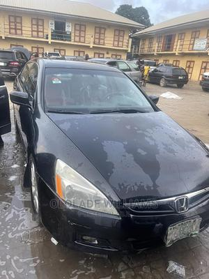 Honda Accord 2006 2.0 Comfort Automatic Black   Cars for sale in Lagos State, Mushin