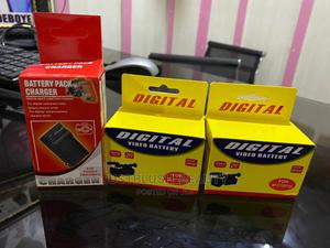 Video Battery and Charger   Accessories & Supplies for Electronics for sale in Lagos State, Amuwo-Odofin