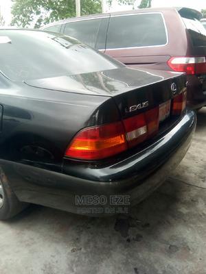Lexus ES 2000 300 Black | Cars for sale in Abia State, Umuahia