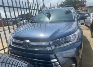 Toyota Highlander 2017 Blue | Cars for sale in Lagos State, Alimosho