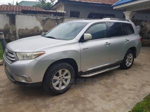 Toyota Highlander 2013 Silver | Cars for sale in Abuja (FCT) State, Jabi