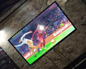 Neatly Used 40inches Tv With Carton and Remote   TV & DVD Equipment for sale in Delta State, Oshimili South