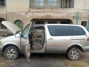 Toyota Sienna 2001 LE Gold | Cars for sale in Kwara State, Ilorin West