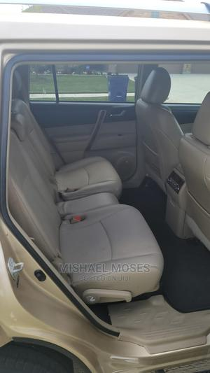Toyota Highlander 2011 Limited Gold   Cars for sale in Lagos State, Alimosho