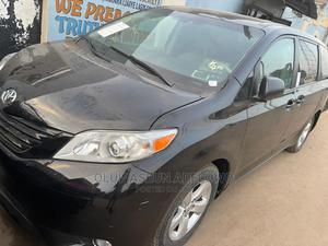 Toyota Sienna 2013 SE FWD 8-Passenger Black | Cars for sale in Lagos State, Abule Egba