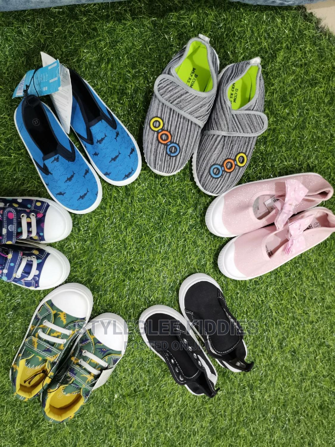 Wholesale Kiddies Sneakers (Carton of 40 Pairs)   Children's Shoes for sale in Alimosho, Lagos State, Nigeria