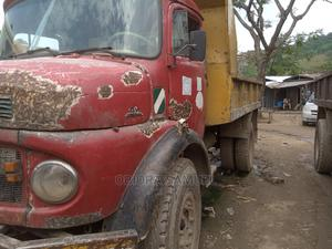Mercedes Benz Tipper 911 in Working Condition | Trucks & Trailers for sale in Abuja (FCT) State, Apo District