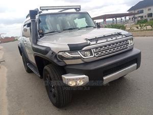 Toyota FJ Cruiser 2007 Base 4x4 Silver | Cars for sale in Abuja (FCT) State, Gwarinpa
