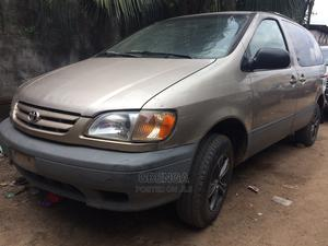 Toyota Sienna 2002 Gold | Cars for sale in Lagos State, Abule Egba