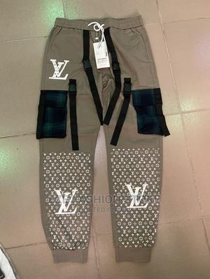 Louis Vuitton XL   Clothing for sale in Lagos State, Ikotun/Igando
