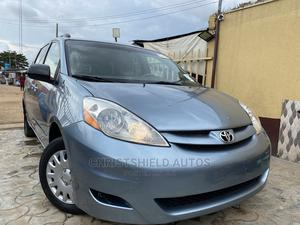 Toyota Sienna 2006 LE AWD Blue | Cars for sale in Lagos State, Alimosho
