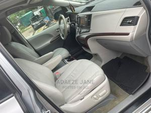 Toyota Sienna 2012 XLE 8 Passenger Silver | Cars for sale in Lagos State, Amuwo-Odofin