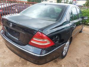 Mercedes-Benz C240 2005 Black | Cars for sale in Abuja (FCT) State, Asokoro