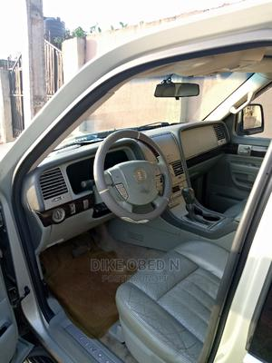 Lincoln Aviator 2005 AWD Luxury Gold   Cars for sale in Edo State, Benin City