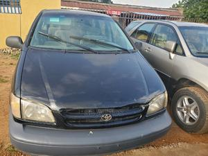 Toyota Sienna 1999 CE Black | Cars for sale in Kwara State, Ilorin West