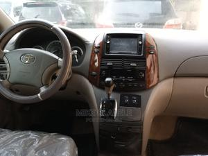 Toyota Sienna 2005 XLE Gold | Cars for sale in Abuja (FCT) State, Kubwa