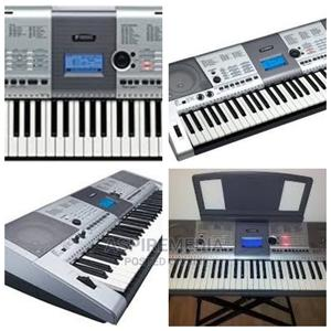 Uk Used Clean Yahama E 403 Keyboard | Musical Instruments & Gear for sale in Lagos State, Ojo