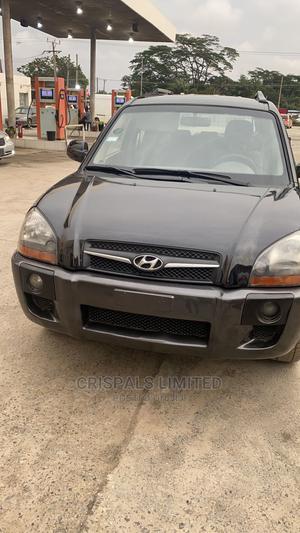 Hyundai Tucson 2005 GLS 4x4 Black | Cars for sale in Lagos State, Ajah