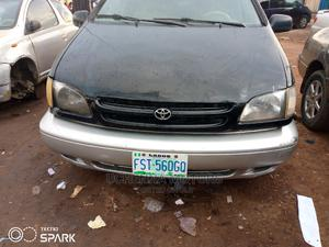 Toyota Sienna 2000 CE & 1 Hatch Black | Cars for sale in Lagos State, Agege