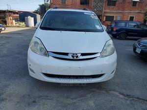 Toyota Sienna 2006 XLE Limited FWD White | Cars for sale in Lagos State, Amuwo-Odofin