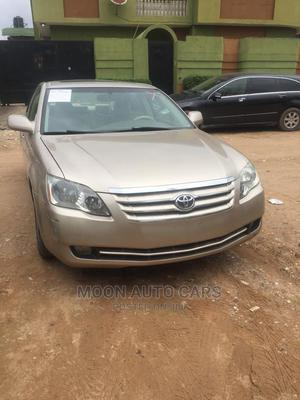 Toyota Avalon 2006 Gold   Cars for sale in Lagos State, Amuwo-Odofin