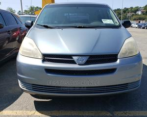 Toyota Sienna 2005 CE Blue   Cars for sale in Lagos State, Surulere