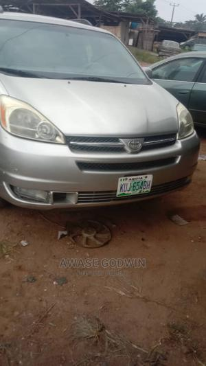 Toyota Sienna 2005 XLE Limited Silver   Cars for sale in Lagos State, Epe