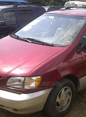 Toyota Sienna 1998 CE Red   Cars for sale in Ogun State, Abeokuta North