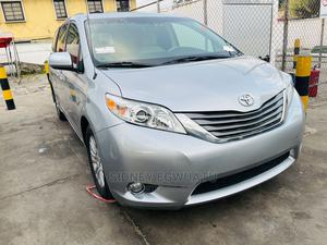 Toyota Sienna 2014 Silver | Cars for sale in Lagos State, Surulere