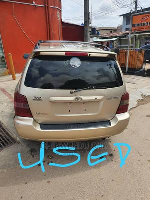 Toyota Highlander 2006 Gold   Cars for sale in Lagos State, Ojota