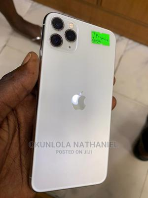 Apple iPhone 11 Pro Max 64 GB Gold   Mobile Phones for sale in Lagos State, Alimosho